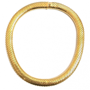 Collier Cartier ras de cou en or jaune, maille serpent.