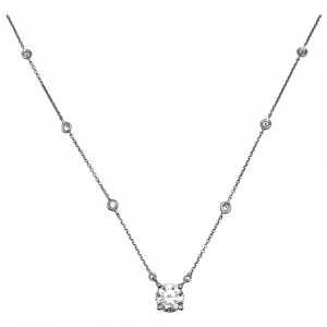 "Collier Messika modèle ""Joy"" en or blanc, diamant 1,51 carat."