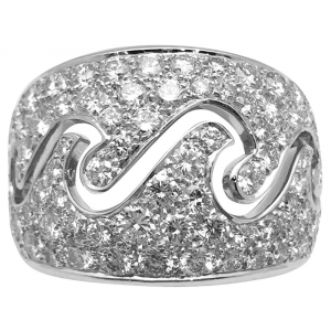 "Bague Van Cleef et Arpels ""Vague"" or blanc et diamants."