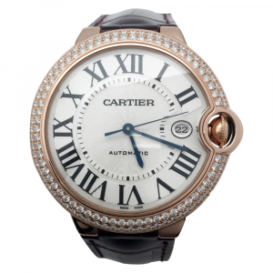 "Montre Cartier ""Ballon Bleu"" or rose et diamants sur cuir."