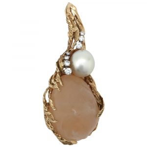 Important pendentif Gilbert Albert en or jaune, quartz, perle et diamants.