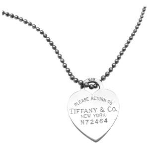 "Collier Tiffany and Co, ""Please return to"", en argent."