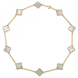 "Collier Van Cleef & Arpels, collection ""Vintage Alhambra"", en or jaune et nacre blanche."