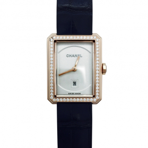 "Montre Chanel, modèle ""Boy-Friend"", en or rose et diamants."