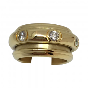 "Bague Piaget, modèle ""Possession"", en or jaune et diamants."