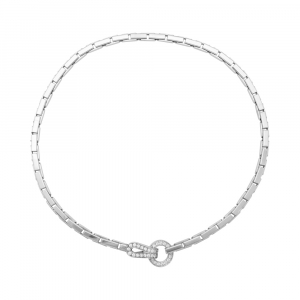 "Collier Cartier ""Agrafe"" en or blanc et diamants."