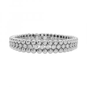 "Bracelet Boucheron ""Grains de raisins"" en or blanc, diamants."