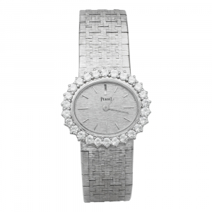 Montre joaillerie Piaget en or blanc et diamants.