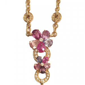 "Collier Bulgari modèle ""Flora"" en or jaune, saphirs et brillants."