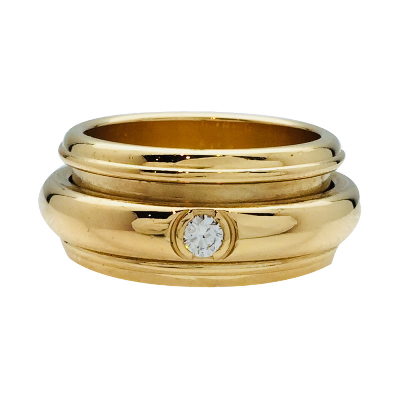 "Bague Piaget, modèle ""Possession"", en or jaune et diamant."